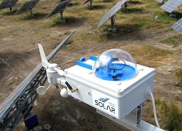системи управління трекерами solar tracker control systems
